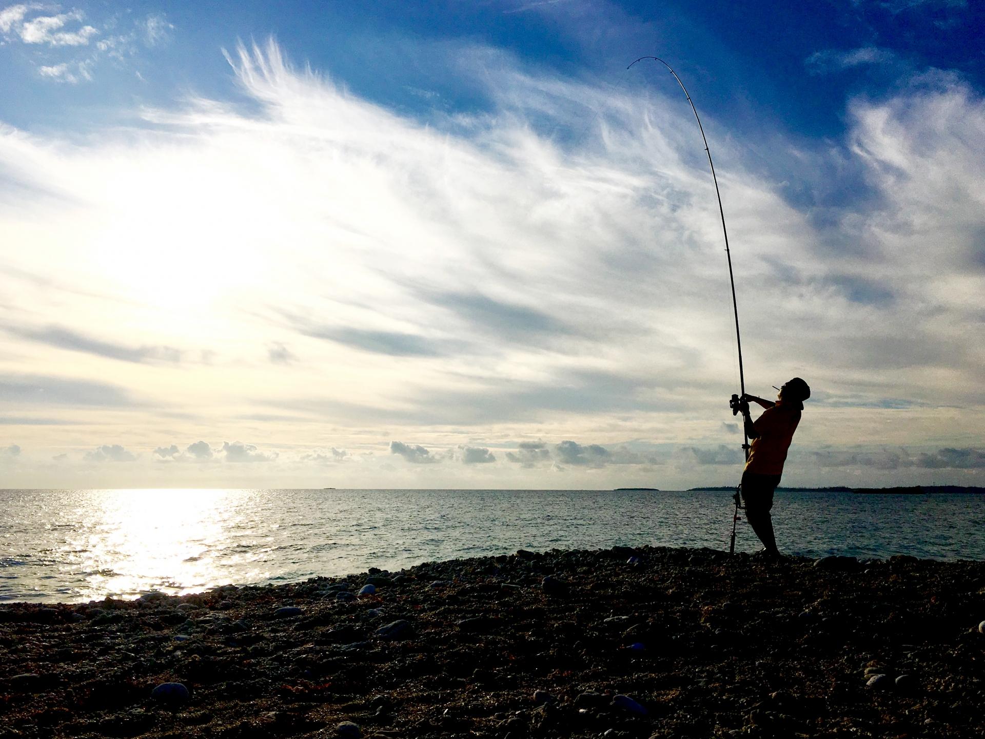 これから釣りを始めるかたに、持参すると便利な道具をご紹介します!